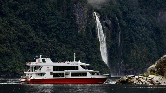 What Are Some Cruises That Go Through New Zealand?