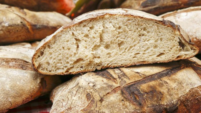 What Are Some Good Low-Carb Breads?