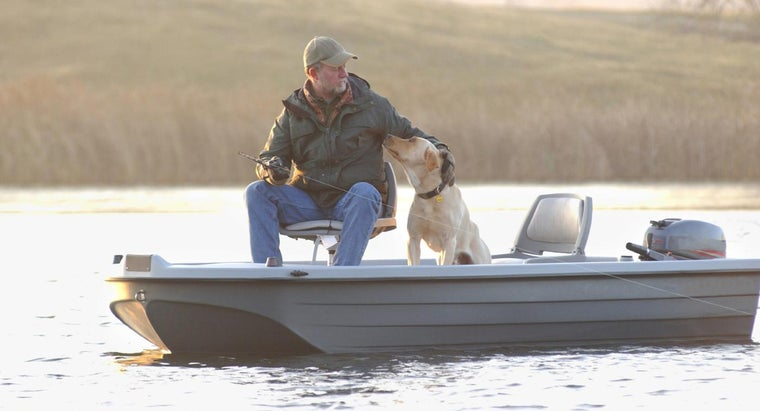 How Do You Select Used Fishing Boats for Use on Minnesota Lakes?