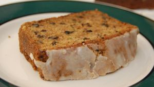 What Is an Easy Zucchini Bread Recipe?