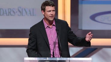 Where Can You Find Biographical Information About Dr. Travis Stork?