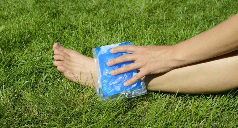 What Is the Best Remedy to Cure Swollen Ankles?