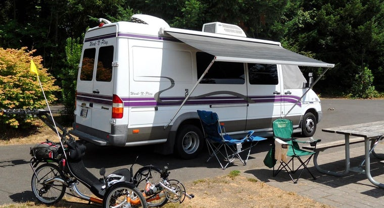 What Are the Features of a Mercedes Sprinter Camper Van?