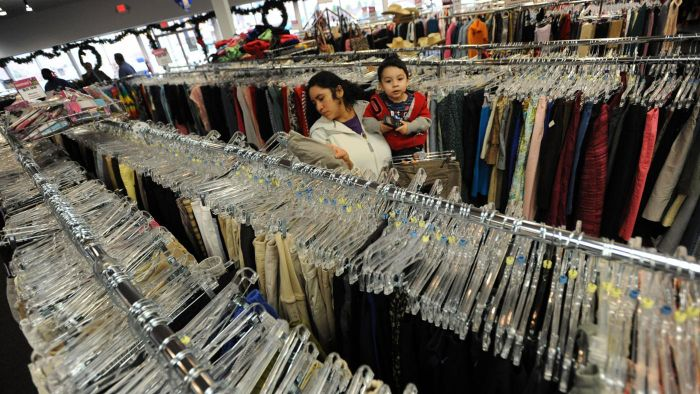 How Do You Find Contact Information for a Specific Goodwill Location?