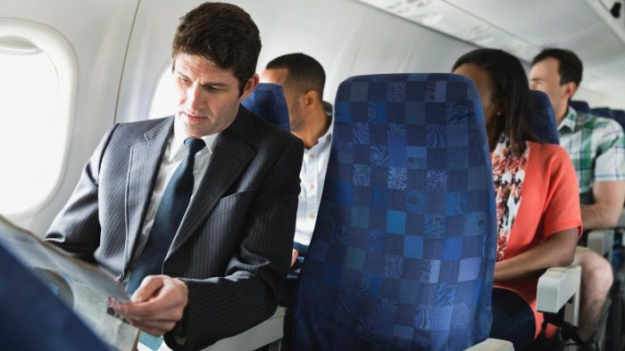 What Are Some Tips for Getting a Bargain on a Business-Class Flight?