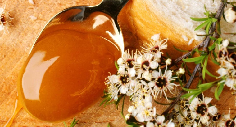 What Are the Benefits of Raw Manuka Honey?