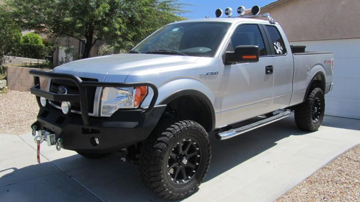 What Should You Look for When Checking Out Older Ford F-150 Trucks for Sale?