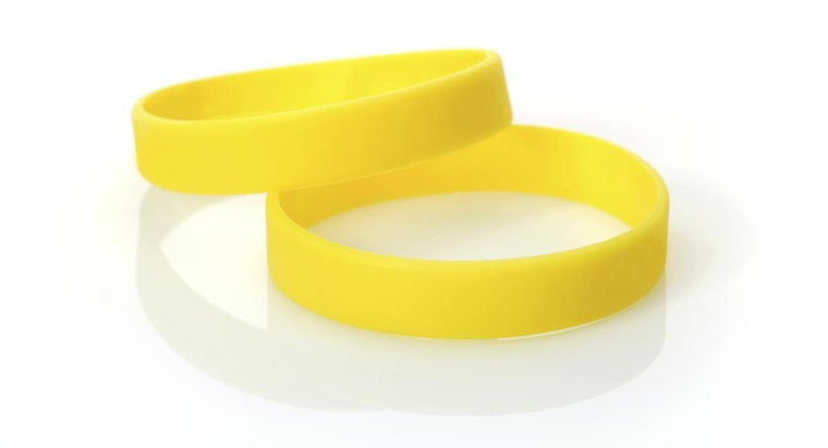 What Are Some Different Types of Silicone Wristbands?