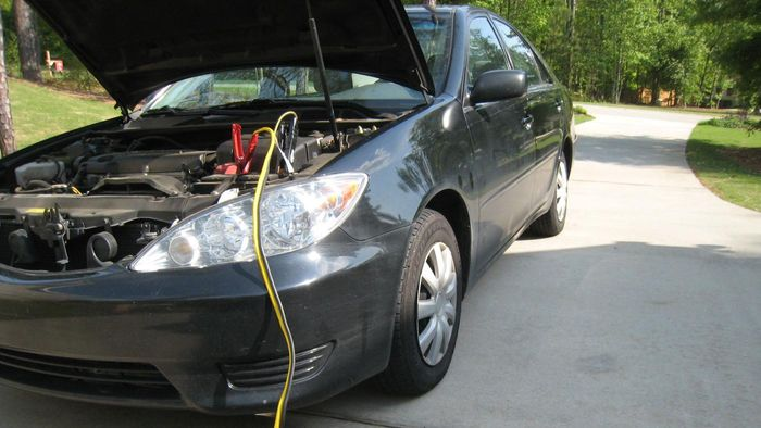 How Do You Jump Start a Car Battery?