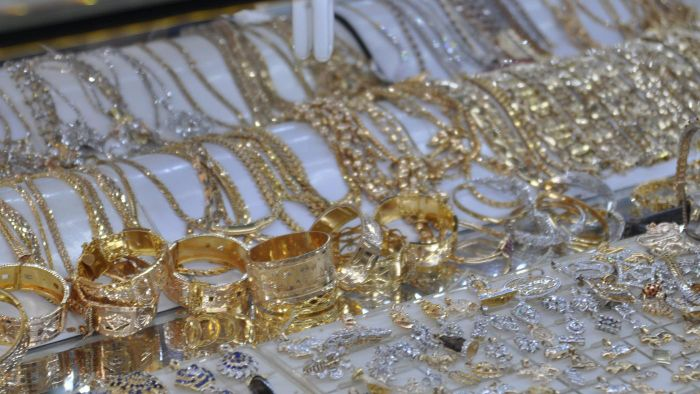 How Do You Sell Gold Jewelry?