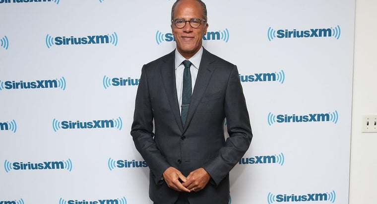 What Are Interesting Facts About Lester Holt?