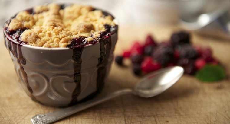 What Is an Easy Recipe for Blackberry Cobbler?