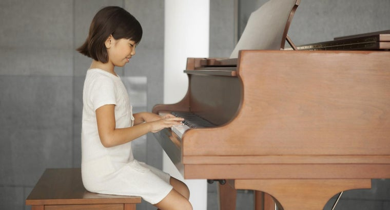 Which Video Games Can Help a Child Learn to Play the Piano?