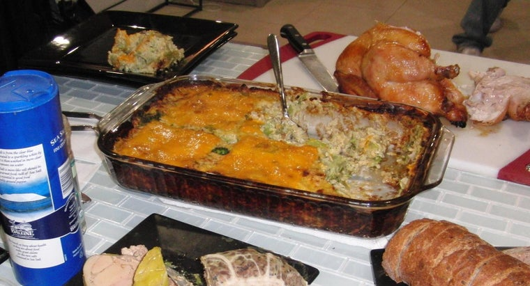 What Is a Good Low-Fat Recipe for Broccoli Cheese Casserole?