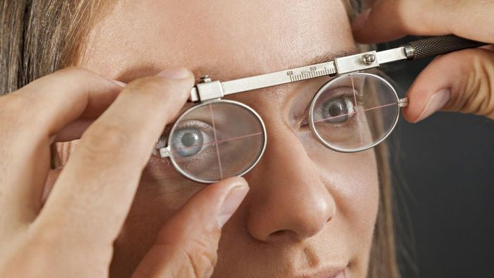 Who Treats Eye Problems and Related Symptoms?