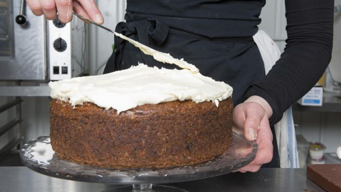 How Do You Make Old-Fashioned Boiled Icing?
