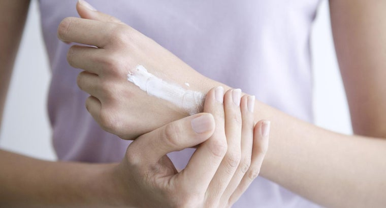 What Is a Good Nongreasy Cream for Arthritis Pain Relief?