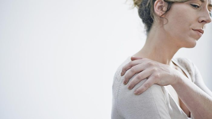 What Causes Calcium Deposits in the Shoulder?
