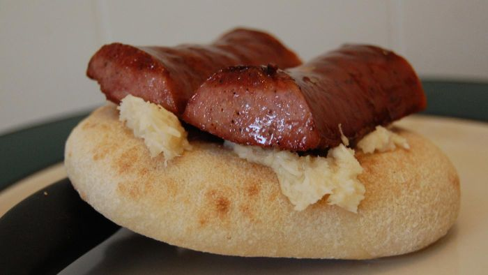 What Is an Easy Kielbasa Dinner Recipe?