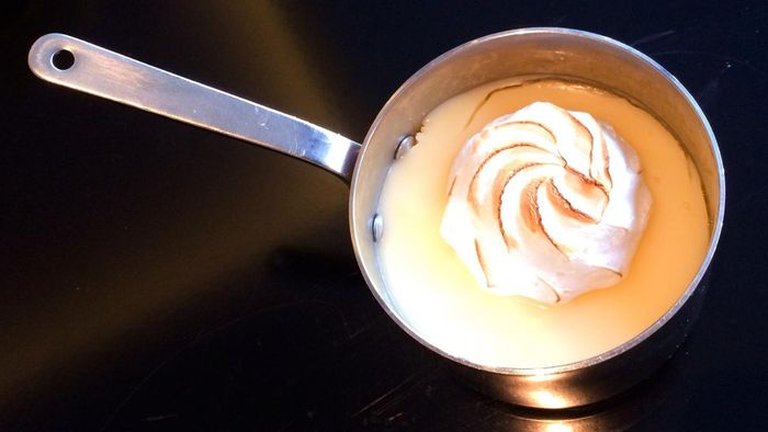 What Is an Easy Meringue Recipe?