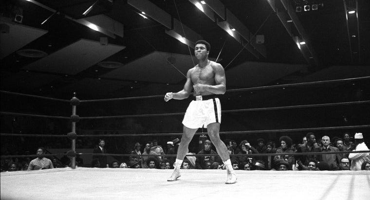 What Are Some of Muhammad Ali's Accomplishments?