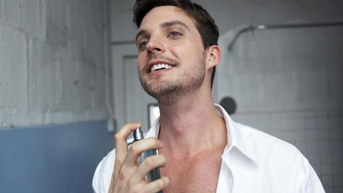 What Are Some of Popular Colognes for Men?