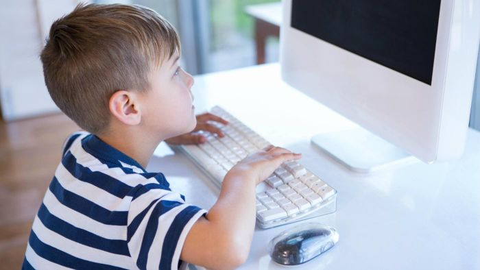 How Do You Encourage Your Kids to Learn How to Type?