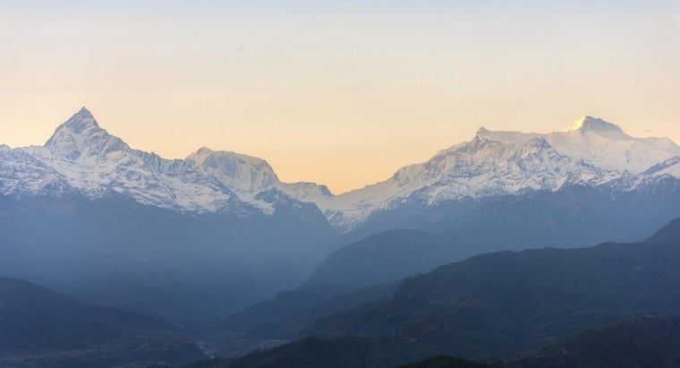 How Do You Correctly Pronounce the Names of the Tallest Mountains in Nepal?