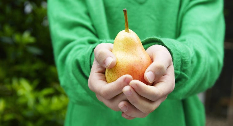 What Are Some Good Methods of Quickly Ripening Pears?