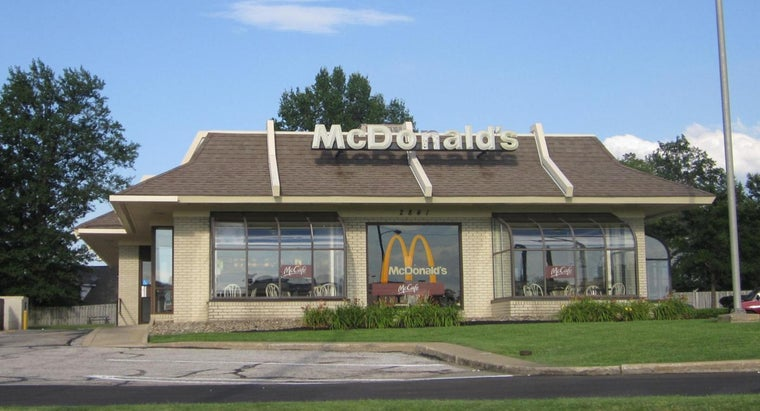 What Is Included in the Cost of a McDonald's Franchise?