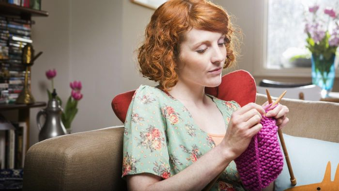 "What Is ""casting On"" in Knitting?"