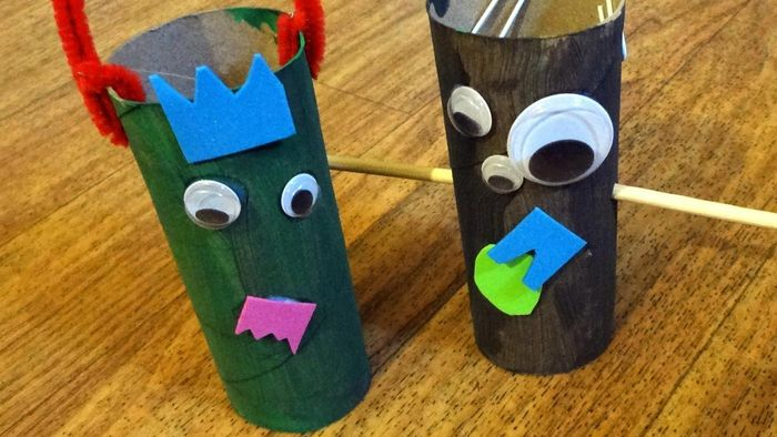 How do you make puppets with toilet paper rolls?