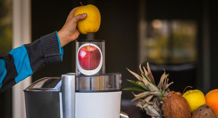 What Are Some Good Juicers With Enough Power to Juice a Whole Apple?