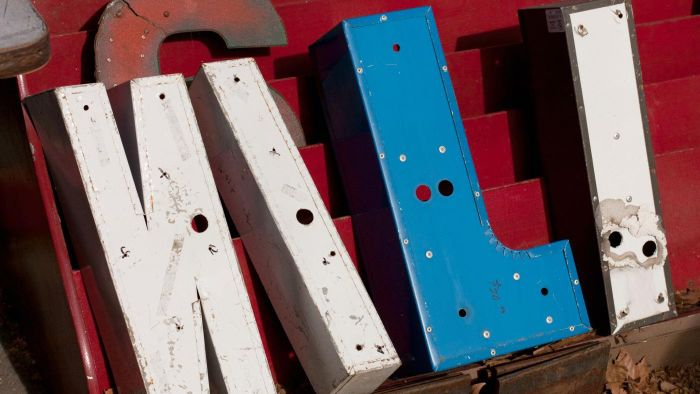 What are some stores that sell metal wall art letters?