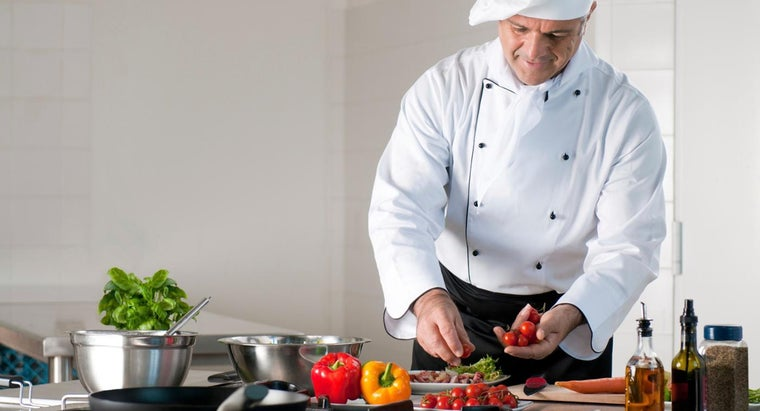 What Are Some Vegetarian Cooking Schools?