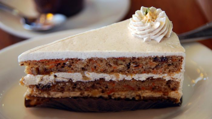 What Is a Good Recipe for Homemade Carrot Cake?