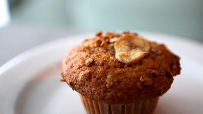 What Is a Good Recipe for Quick and Easy Banana Muffins?