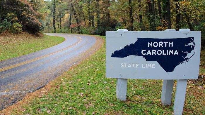 Where does the Blue Ridge Parkway start in NC?