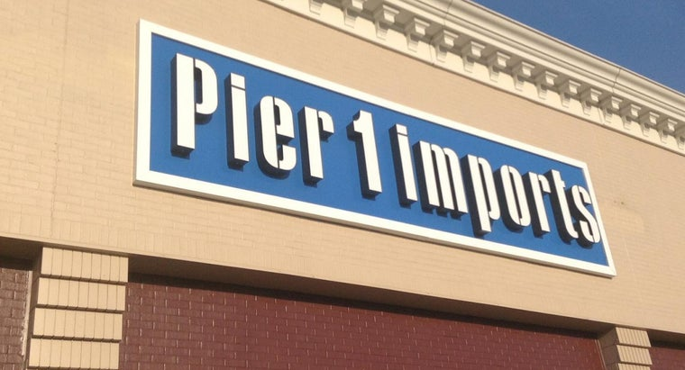 How Do You Pay Your Pier 1 Imports Credit Card Bill?