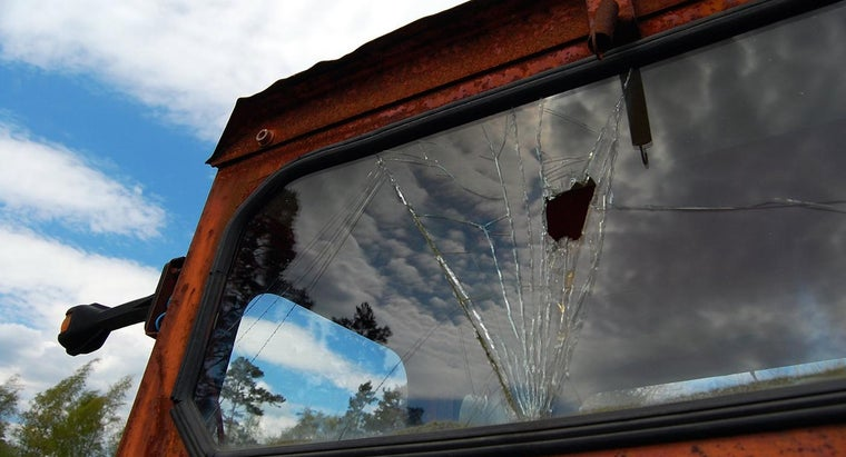 Where Can You Get Your Rear Windshield Replaced?