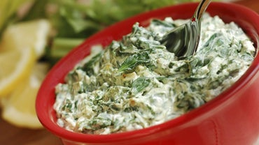 What Is a Good Recipe for Artichoke Dip?