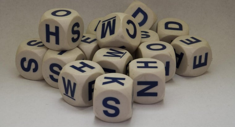 What Apps Unscramble Letters for Word Games?