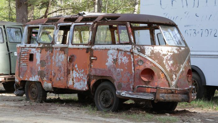 How can you make money buying and selling junkyard cars?