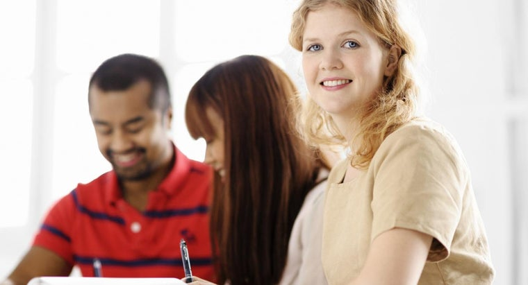 What Are Some Tips for Enrolling in College?