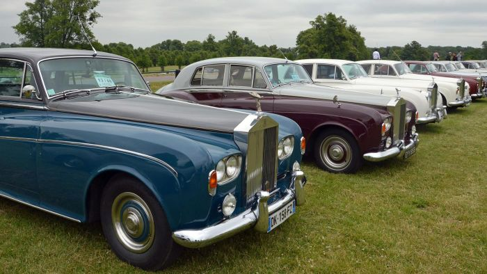 Where Do You Search Online for a Used Rolls Royce?