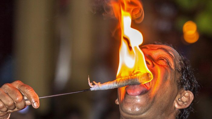 What Are Some Home Remedies for a Burning Tongue?