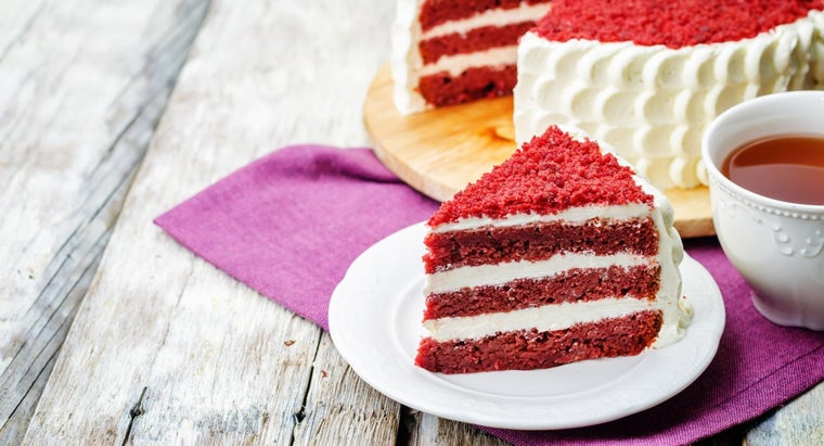What Is a Good Recipe for Red Velvet Cheesecake?