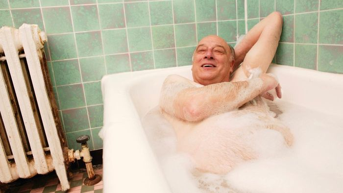 What Are Some Well-Reviewed Brands of Walk-in Baths for the Elderly?