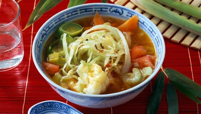 What Spices Best Complement Vegetable Cabbage Soup?