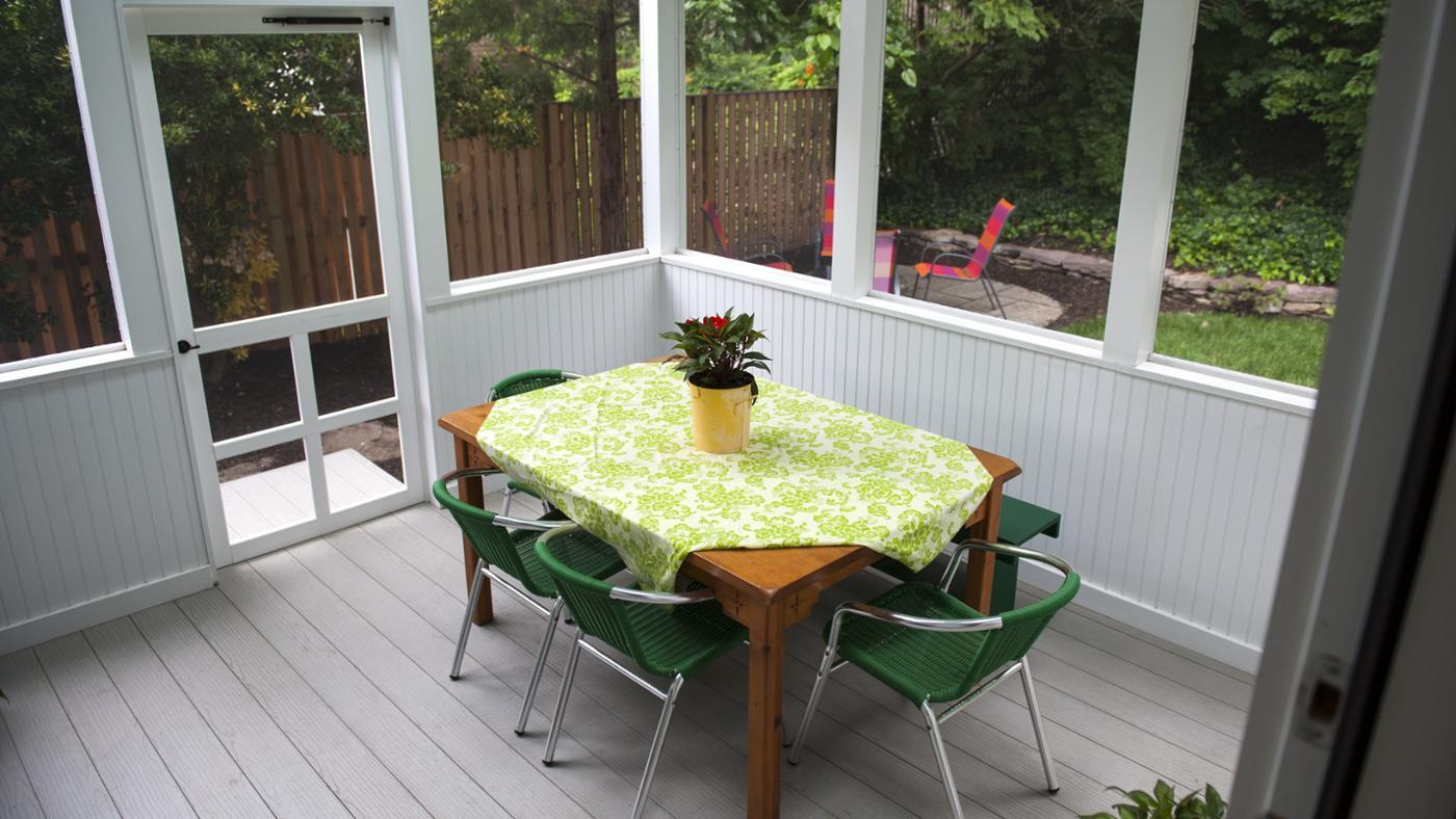 What Are Some Key Elements of Screened Porch Plans?